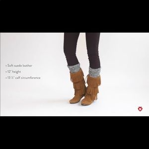 Minnetonka 3-Layer Fringe Boots